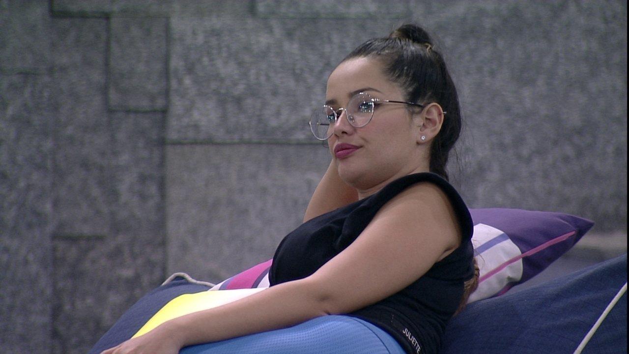 Juliette fala sozinha no BBB21: 'Eu sabia desse negócio do Arthur'
