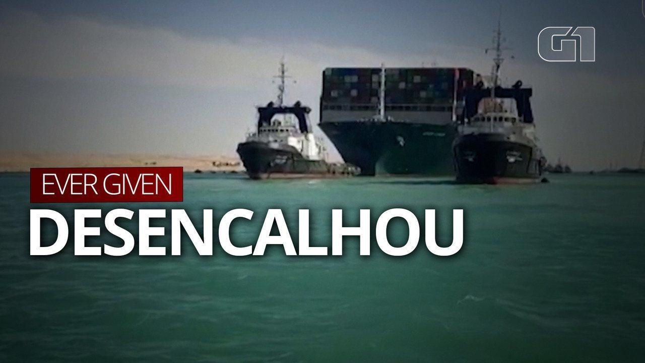VÍDEO: Meganavio desencalha e já navega no canal de Suez