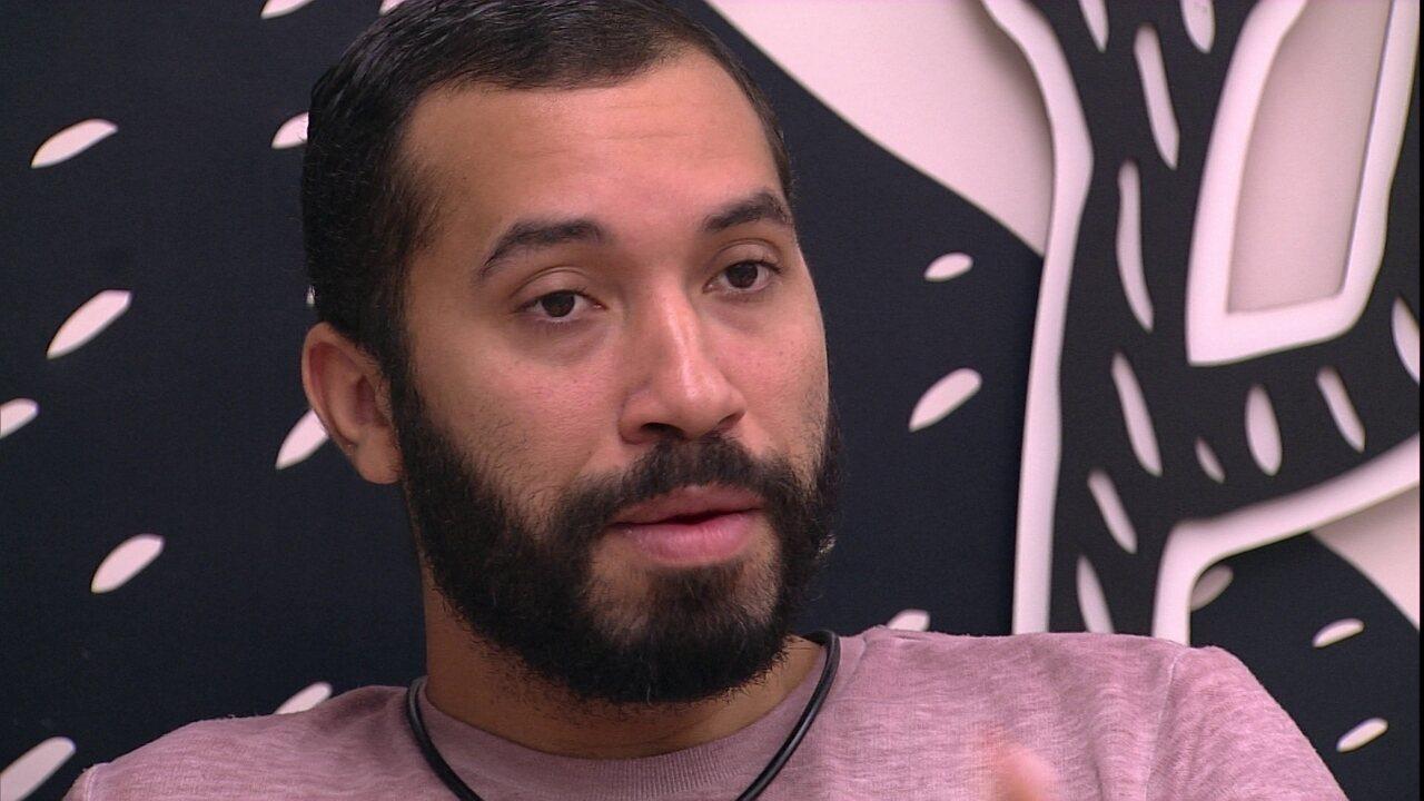 No BBB21, Gilberto fala sobre sister eliminada: 'Lumena sabia de tudo'