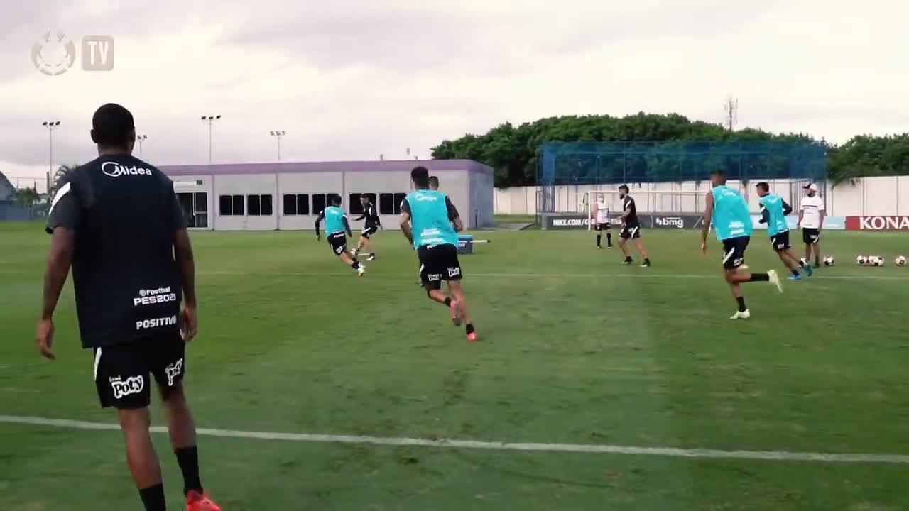 Corinthians treina finalizações em semana cheia