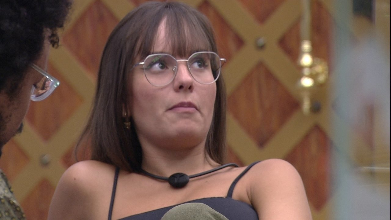 Thaís afirma para Camilla de Lucas: 'Você nunca beirou um Paredão para saber'