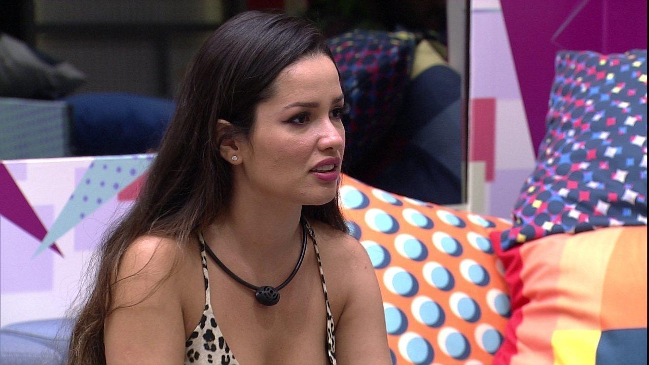 Juliette afirma para Arthur no BBB21: 'Admiro você como jogador'