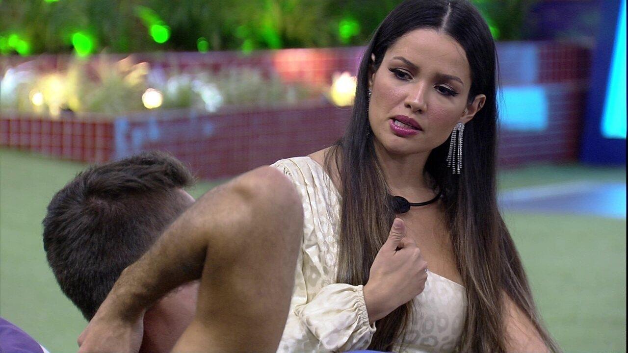 Juliette comenta com brother do BBB21: 'Eu não vou deixar de dar um abraço numa pessoa'