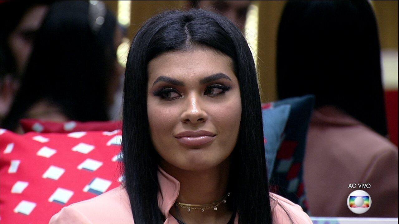 Líder Juliette indica Pocah ao 16º Paredão do BBB21