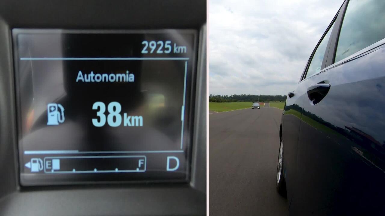 Como é calculada a autonomia de combustível nos veículos?