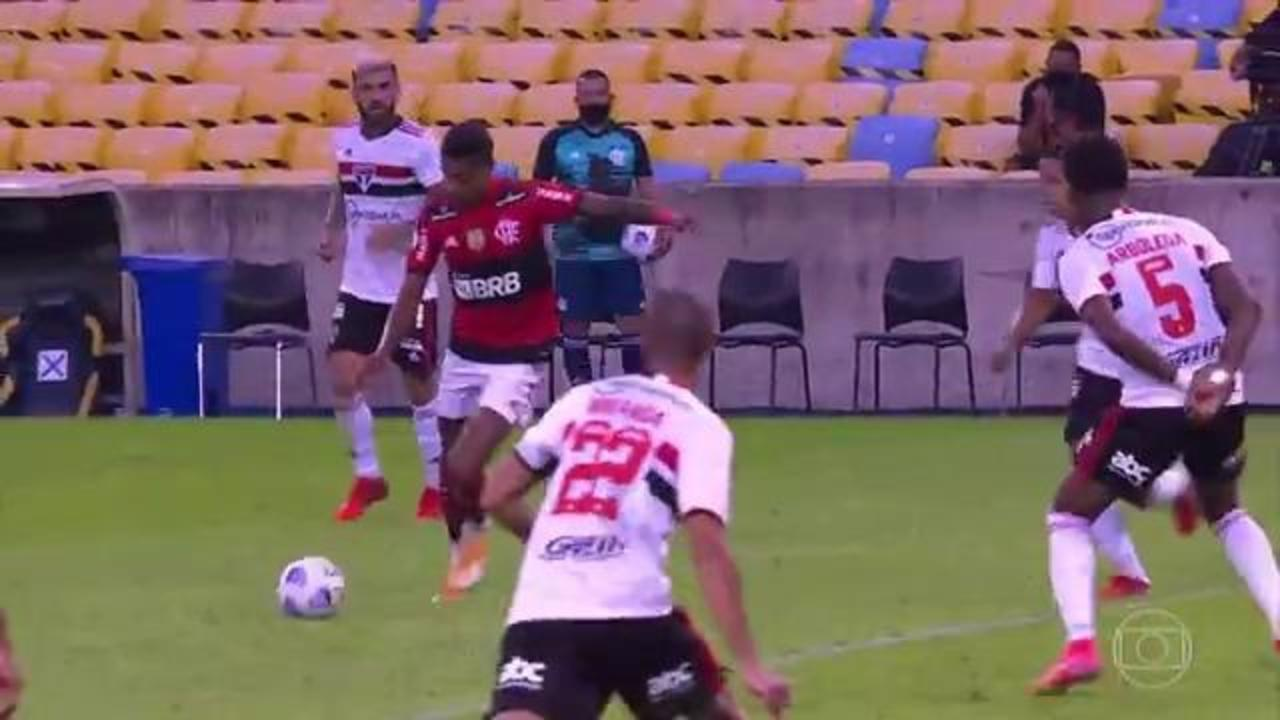 Melhores momentos: Flamengo 5 x 1 São Paulo pela 13ª rodada do Brasileirão 2021